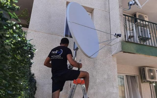 antena parabolica 135 cm instalacion y orientacion astra 28,3