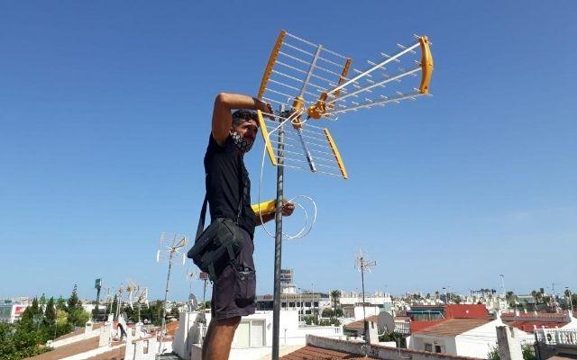 Antenista TV instalador antenas tdt y parabolicas 675524963
