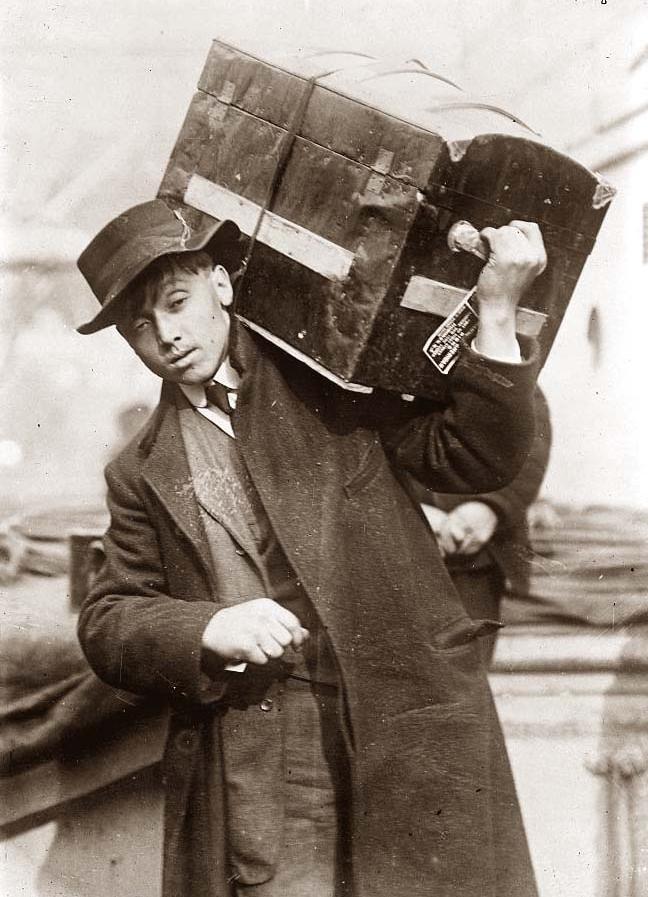 Emigrant-boarding