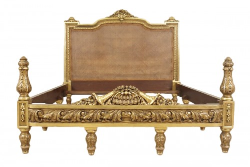 lit napoleon iii en bois dore