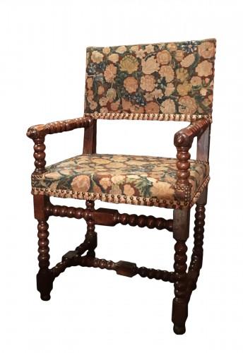 chaise a bras d epoque louis xiii