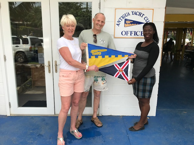 Burgee Exchange with Royal Motor Yacht Club