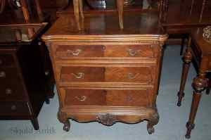 Antikke møbler (12)