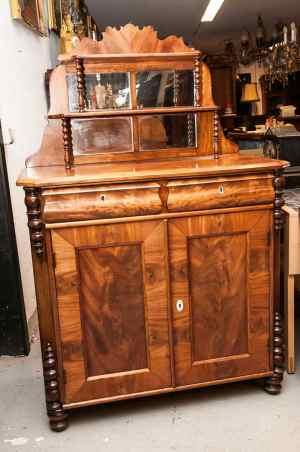 Antikke møbler (60)