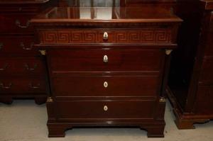 Antikke møbler (64)