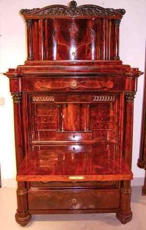 Antikke møbler (70)