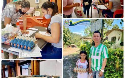 Entrega del Kit de Alimentación Escolar en Hispania