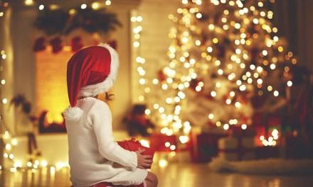 Caucasia comprometida con la esperanza de la navidad