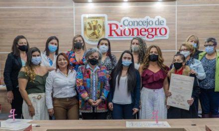 Rionegro realizó exaltación a las concejalas de la localidad