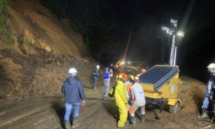 Derrumbe entre la vía El Retiro-La Ceja dejó una persona fallecida