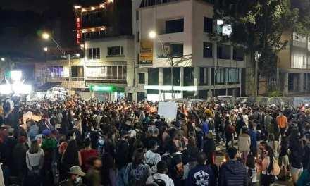 En Caldas protestan de forma pacífica