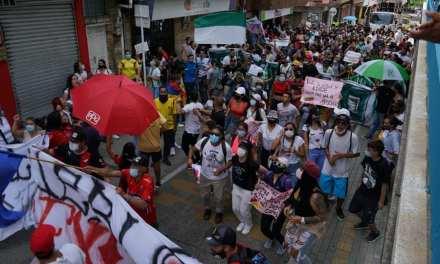 Copacabana marcha por sus derechos