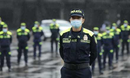 Policía Nacional cambia de uniforme. (Y ojalá corrijan malas prácticas también)