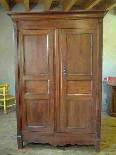 armoire directoire ancienne en merisier et chataignier 2 tiroirs interieur