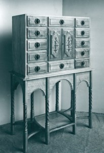Gordon Russell's 'Paris cabinet'