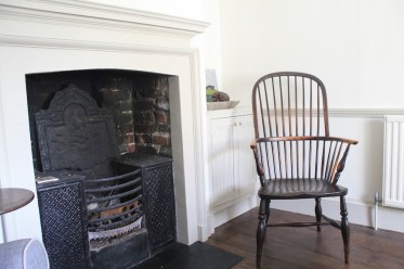 An antique oak country chair works well in a modern interior