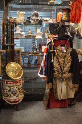 Leon's Militaria Shop