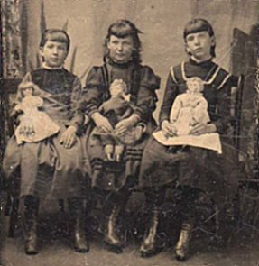A Gallery Of Found Vintage Family Pictures With Dolls