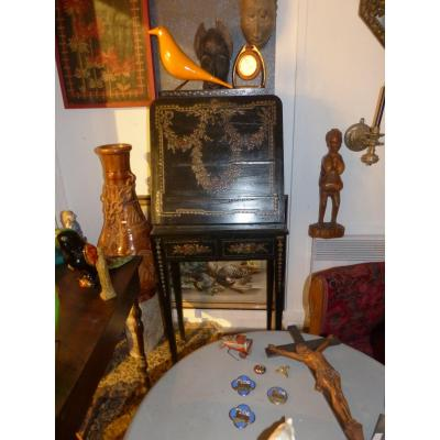 french antique dealers