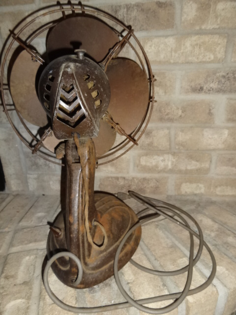 Antique Vintage Westinghouse Oscillating Electric Fan For