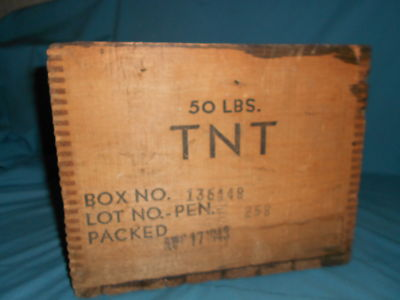 ANTIQUE EXPLOSIVES WOOD CRATE MINING DOVETAIL TNT BOX