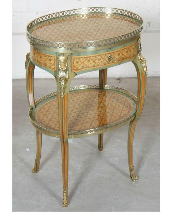 Table de salon marquetée Louis XV attribué à Alfred Beurdeley