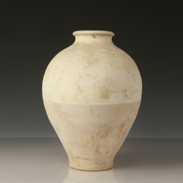 Tang Dynasty Straw-Glazed Pot
