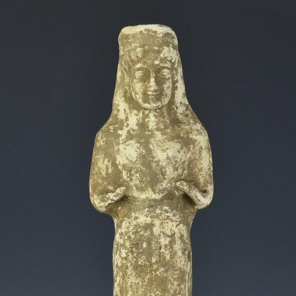 Large Boeotian Terracotta Standing Woman