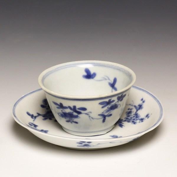 Kangxi Blue and White Tea Bowl with Saucer