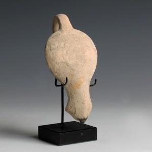 finely potted corinthian roman lamp