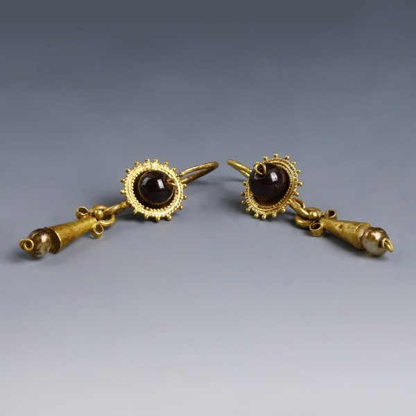 Roman Matching Pair of Earrings with Sun Disc