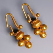 Western Asiatic Gold Cluster Earrings