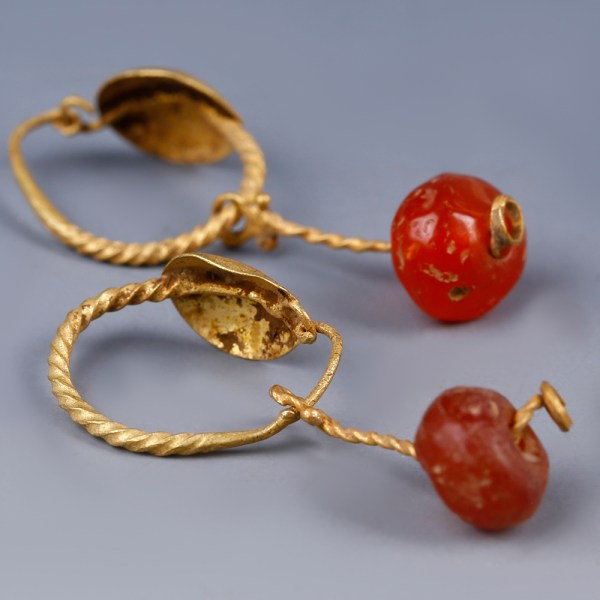 Roman Gold Disc Earrings with Glass Bead