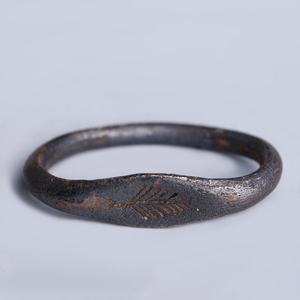 Late Roman Silver Ring with Palm Intaglio
