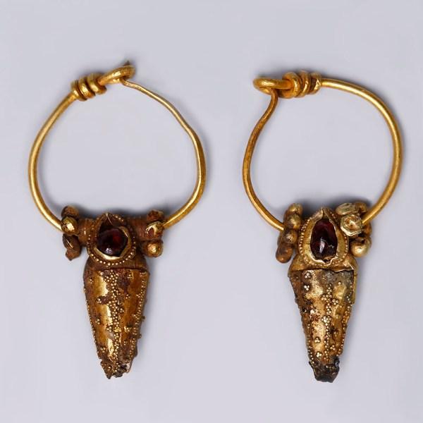 Elaborate Ancient Roman Earrings with Garnet
