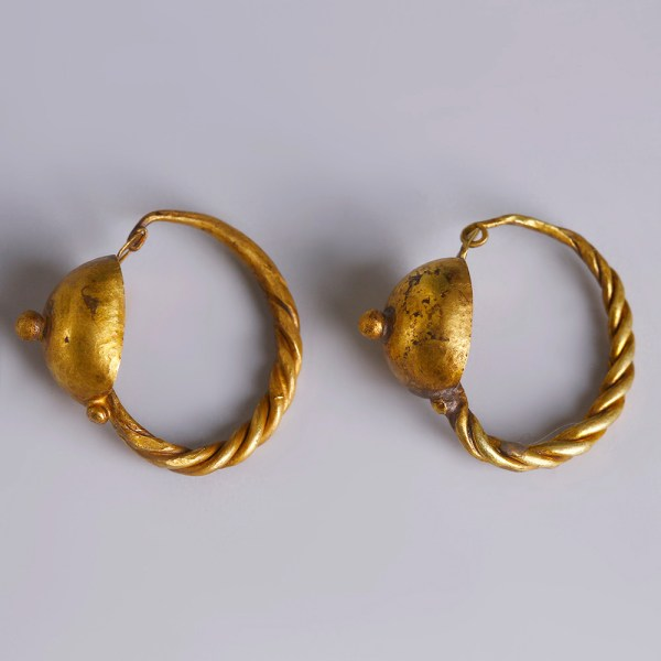 Roman Gold Earrings with Discs and Twisted Hoops