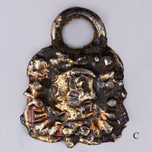 fine-set-of-mixed-silver-gilt-tudor-fastenings 5