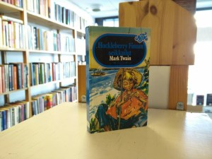 Twain, Mark - Huckleberry Finnin seikkailut