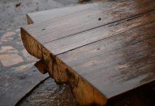 kayu tahan air