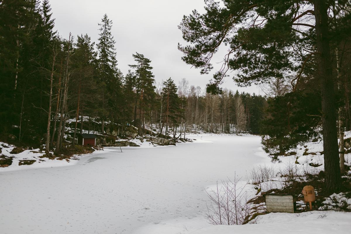 Dagboksnotering från en vårvinterpromenad till Skomakargrottan
