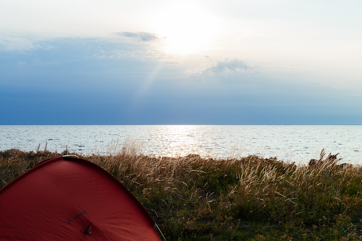 fricampa på öland i tält roadtrip sverige