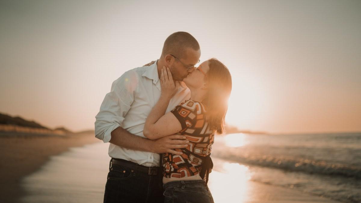 mariage sur la plage à Lampaul Ploudalmézeau dans le finistère en bretagne