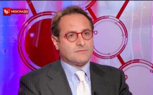 Il Prof. Antonini durante la trasmissione del TG2 Medicina 33