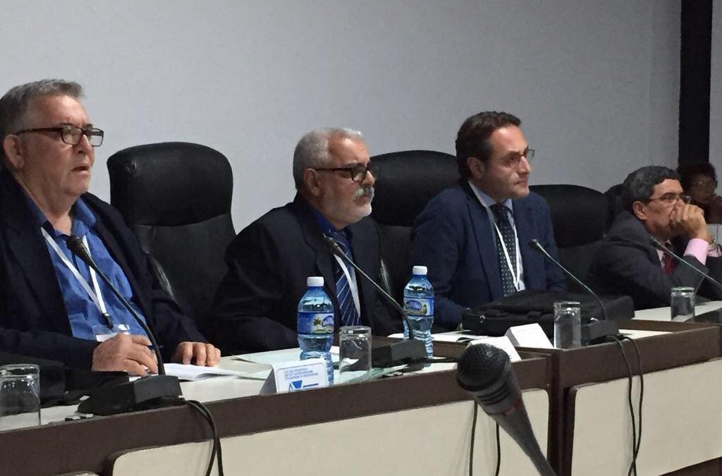 Experto italiano comparte con Cuba técnica para la disfunción eréctil