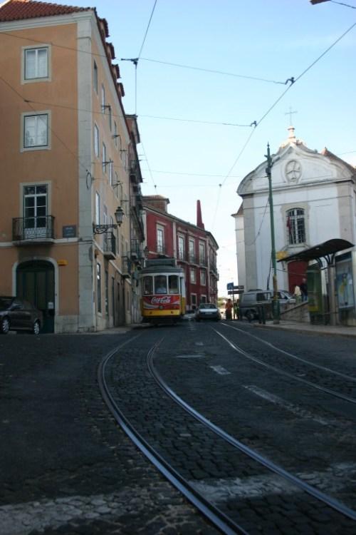 Tranvia en Rua do Limoeiros, Lisboa