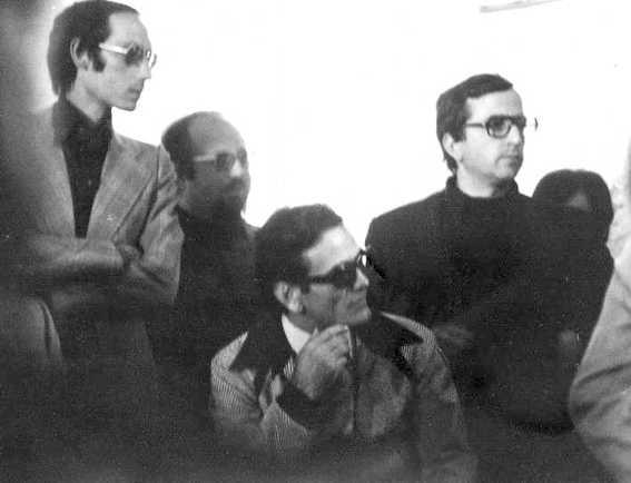 21 ottobre 1975, Calimera (Lecce): Pier Paolo Pasolini con Piromalli e Buratti nel Circolo di cultura grecanica di Calimera, presso la dismessa manifattura di tabacchi Murrone.