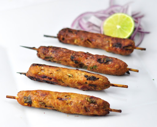 EASY SPICY INDIAN CHICKEN SEEKH KEBAB WITH SPICES
