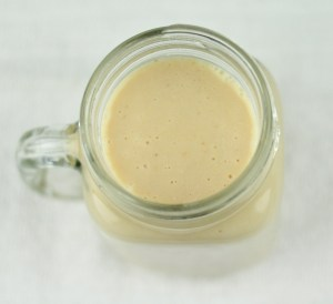 APPLE BANANA SMOOTHIE WITH ALMONDS