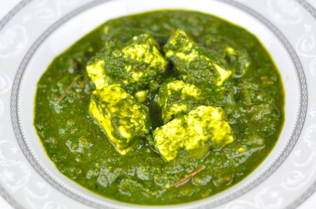 PALAK PANEER RECIPE – AN EASY DINNER IDEAS IN 30 MINS