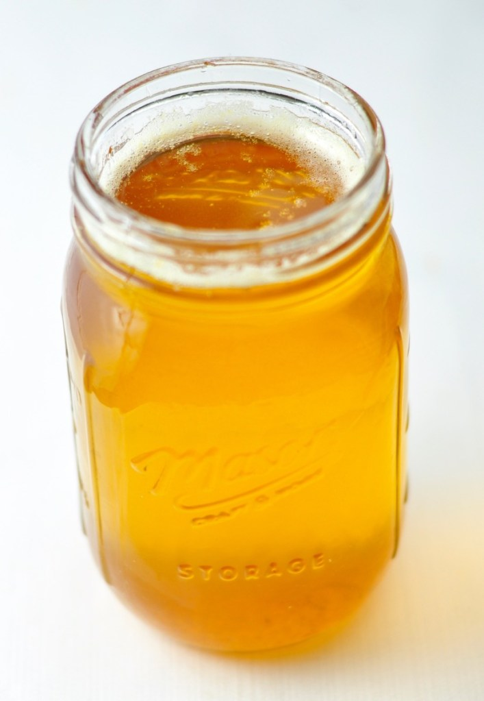 HOMEMADE GHEE (CLARIFIED BUTTER) IN 20 MINUTES